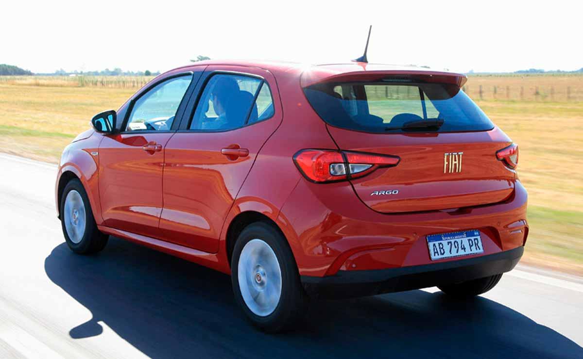 Fiat Argo Drive cola