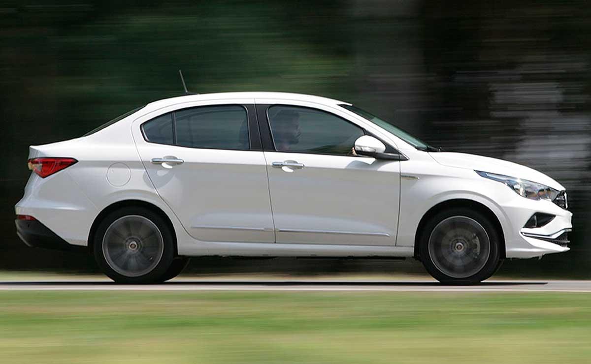 Fiat Cronos Precision Premium lateral
