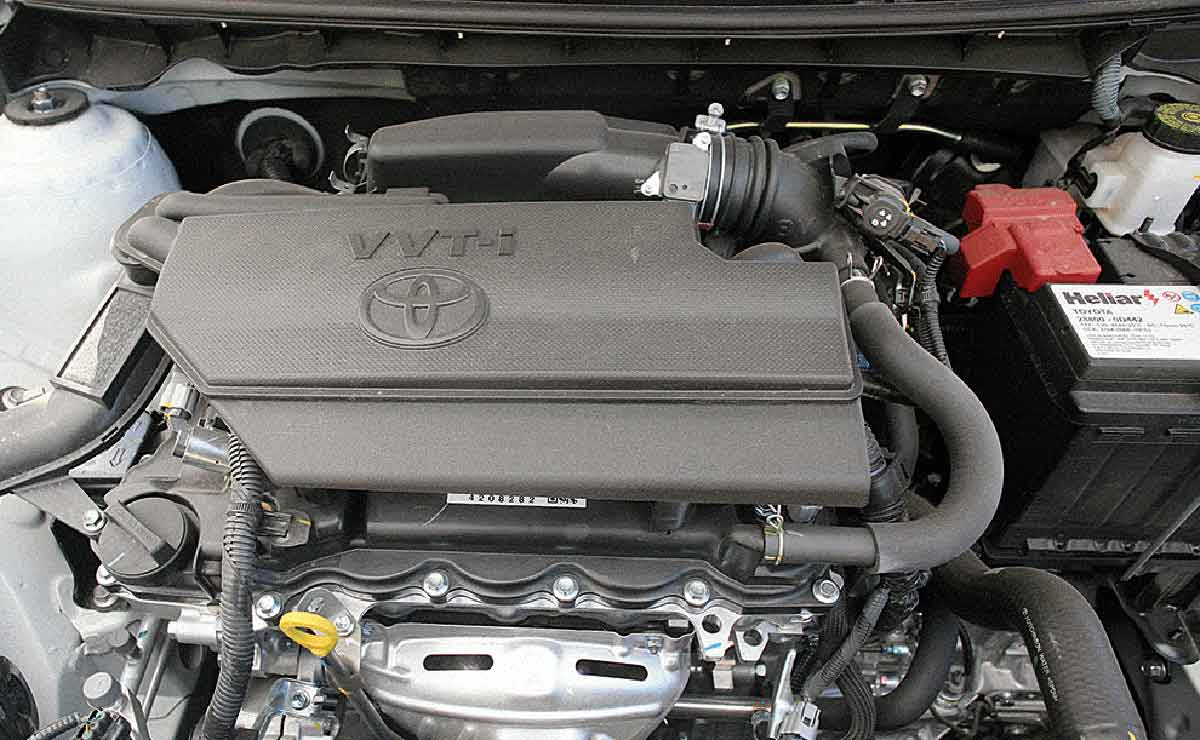 Toyota Etios Sedan XLS motor