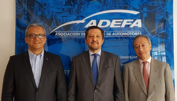 Adefa Autoridades 2018 2019.jpg