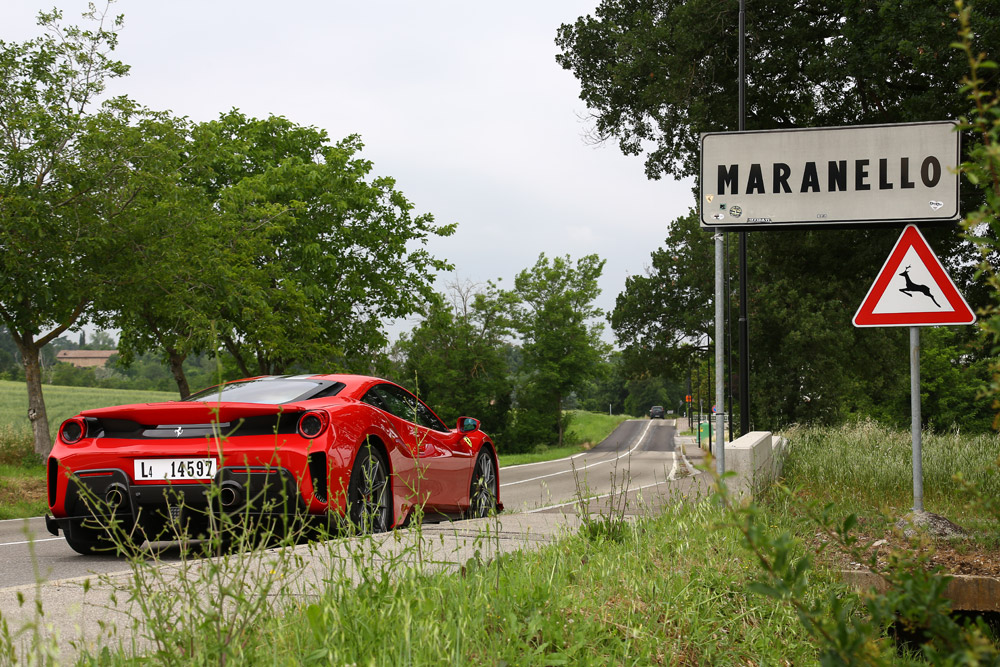 Ferrari 488 Pista 48