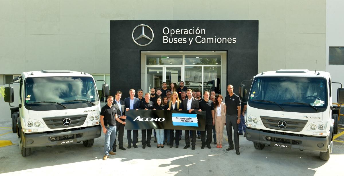 El camión Accelo de Mercedes Benz ahora se hace en Argentina. Foto 2