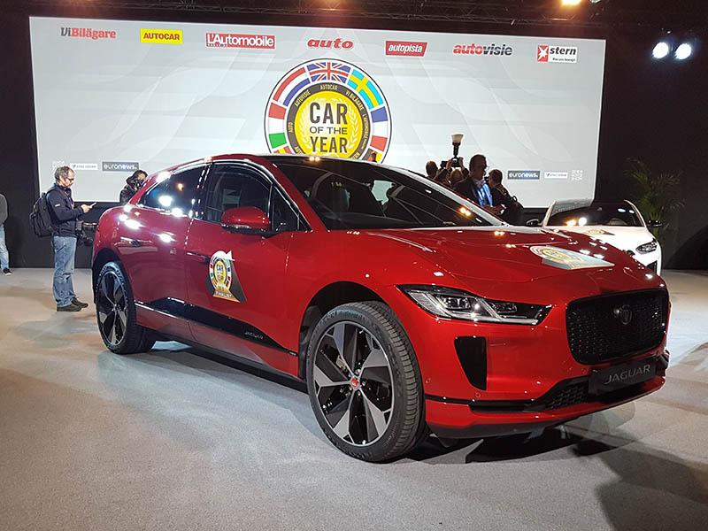 Jaguar I pace AUTO DEL AÑO