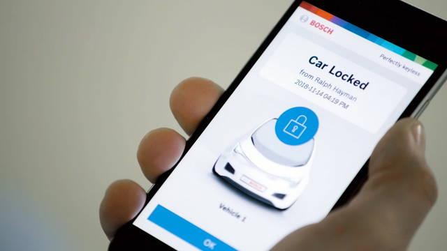 llave del auto en celular