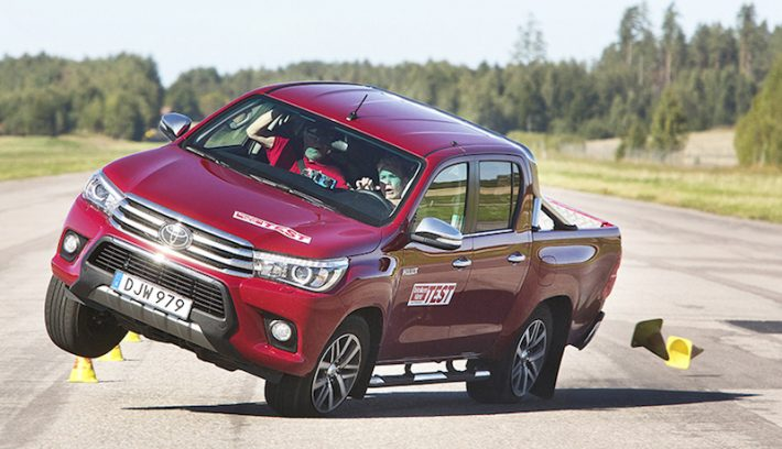 TOYOTA HILUX ALCE