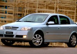 Chevrolet-Astra-5-puertas-frente