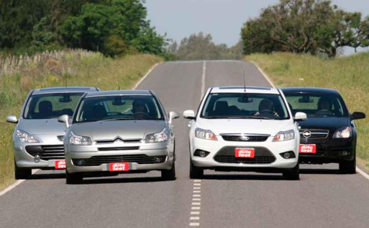Citroen-C4-Ford-Focus-Peugeot-307-Chevrolet-Vectra
