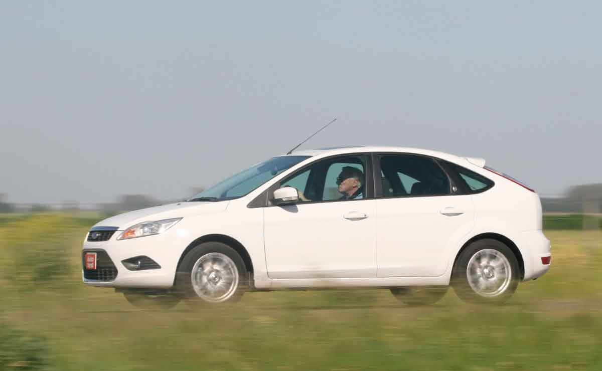Ford-Focus-lateral