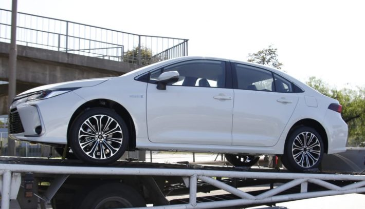 Corolla hibrido 1 e1574346286695