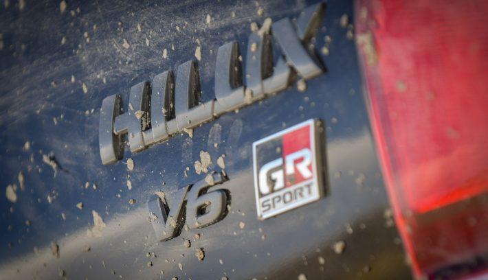 Nueva Hilux GR Sport 4