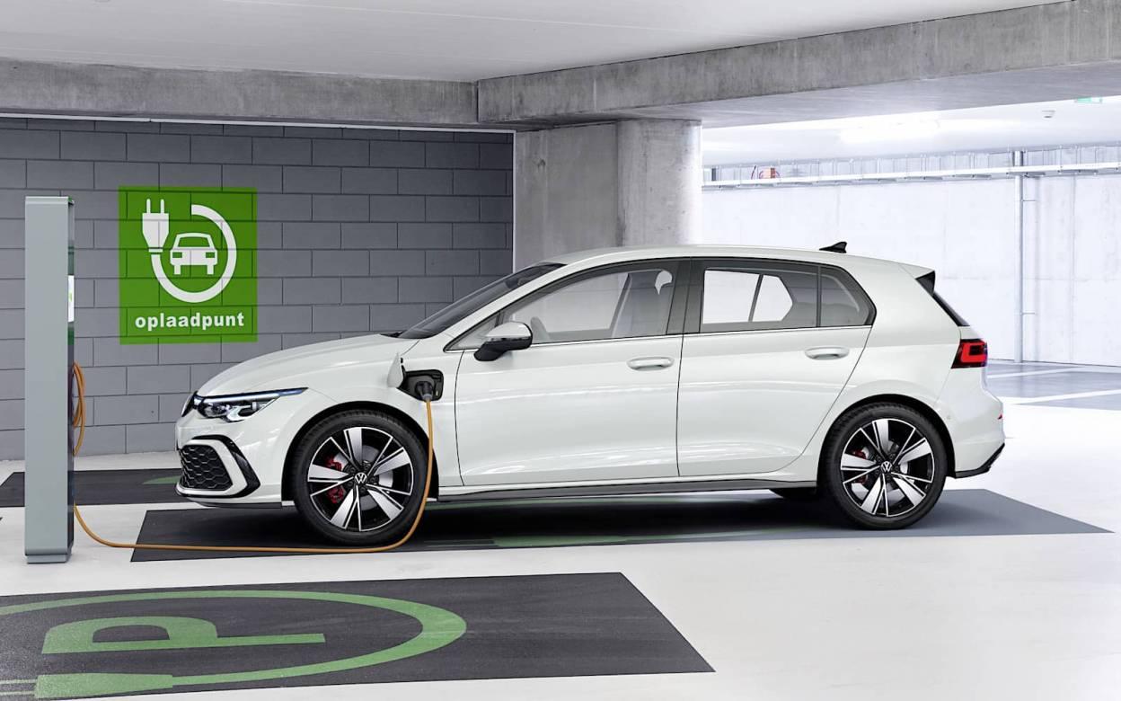 Volkswagen Golf GTE 2020 1