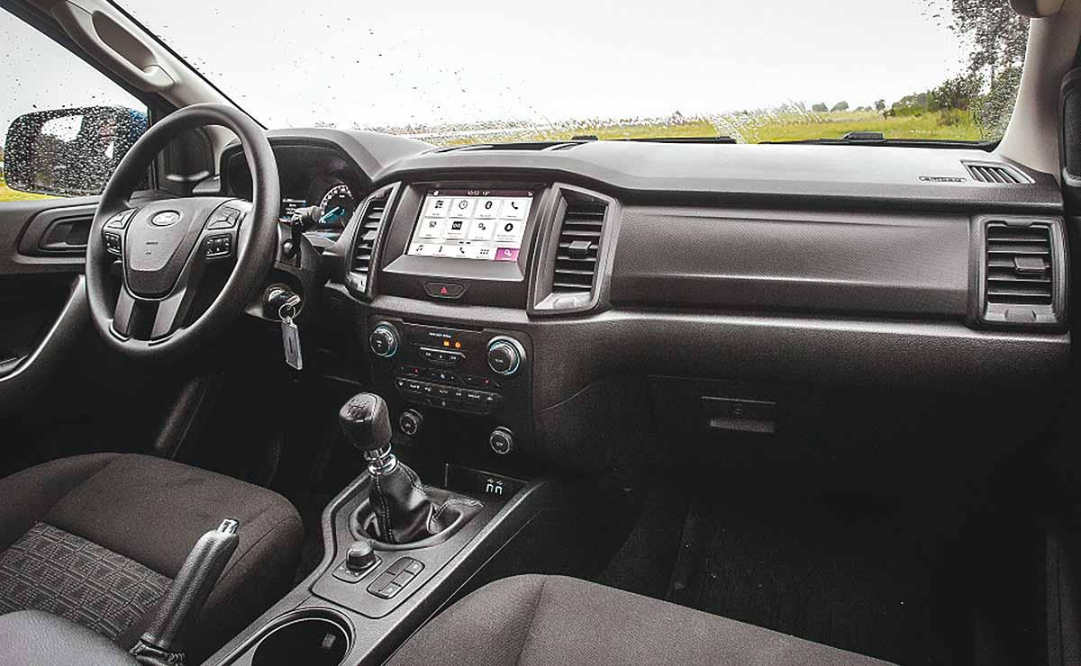 ford ranger xls 2020 interior