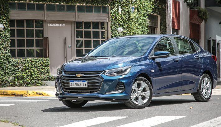 Chevrolet Onix Plus Premier AT 1