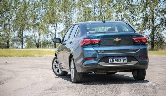 Chevrolet Onix Plus Premier AT 7