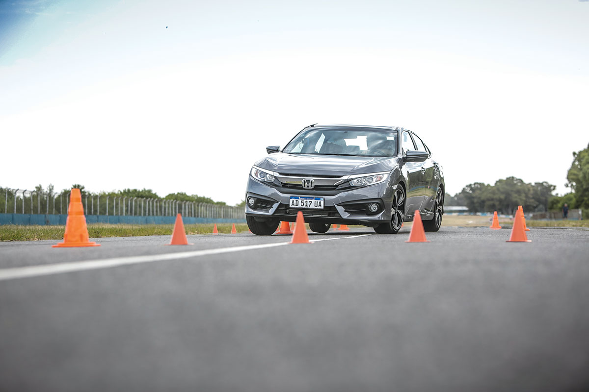 Honda Civic Master Test alce