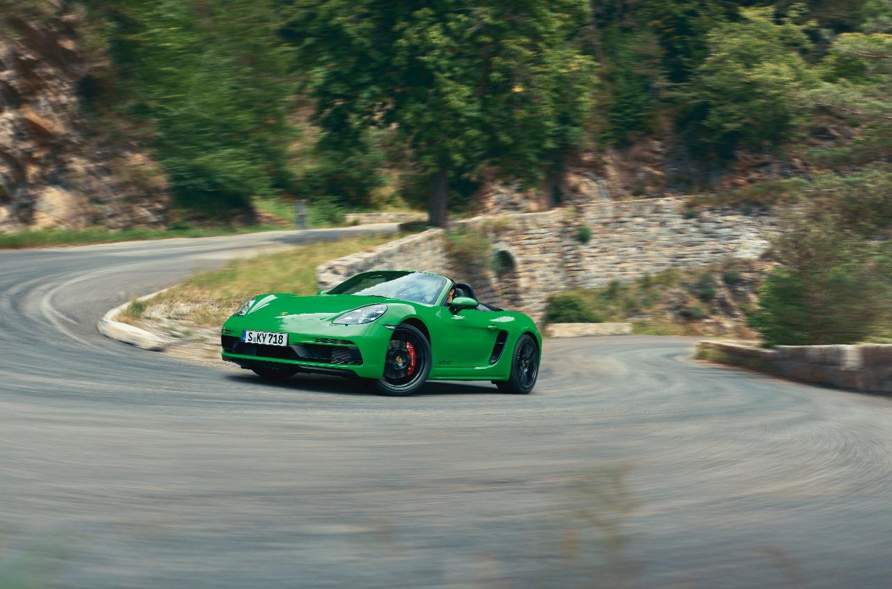 Porsche 718 GT4 1