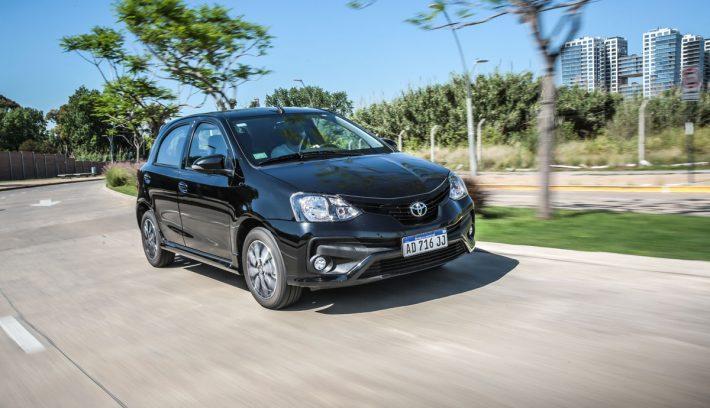 ETIOS hatchback xls