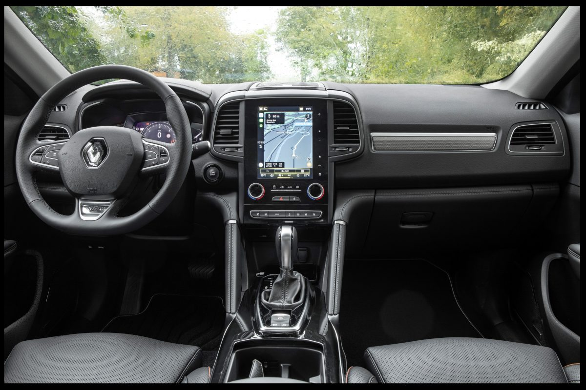 2019 New Renault KOLEOS tests drive e1586188467203