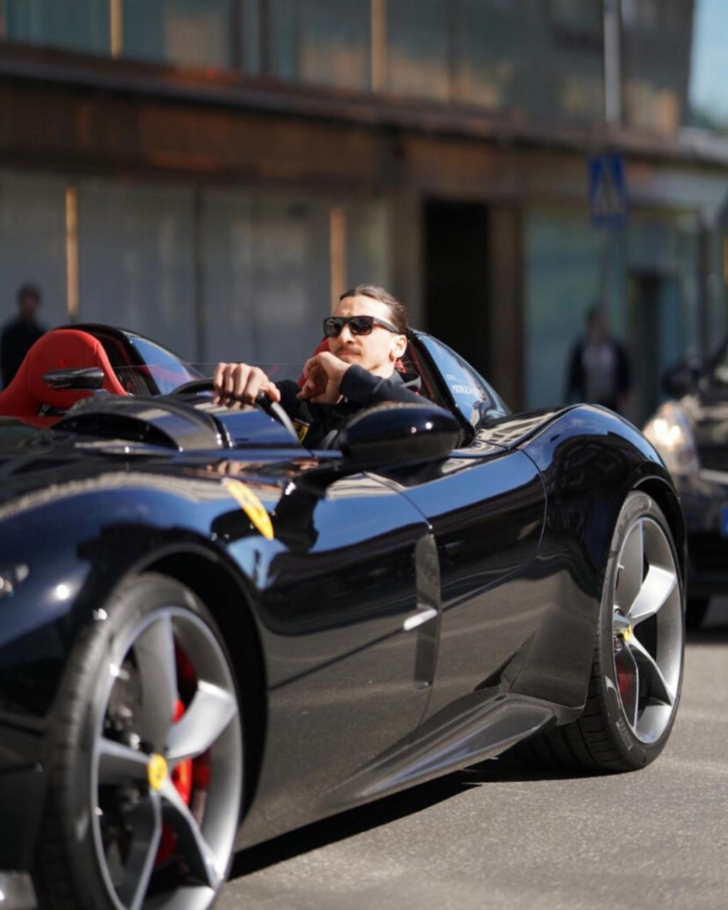 Ibrahimovic Ferrari 4