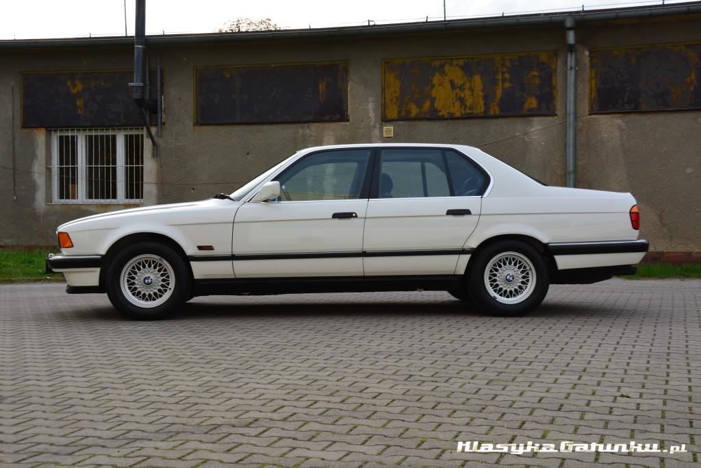 1992 BMW 740i 7 Series 99