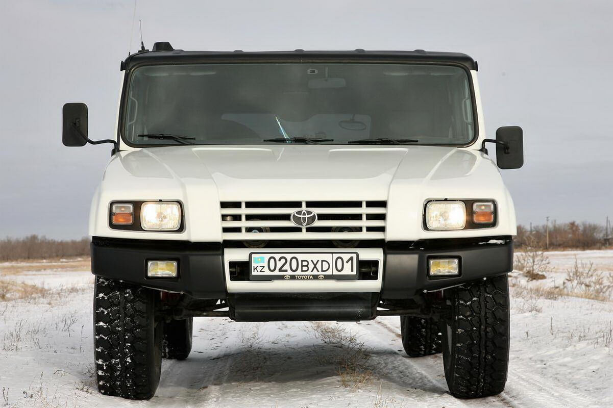 Toyota Mega Cruiser 09