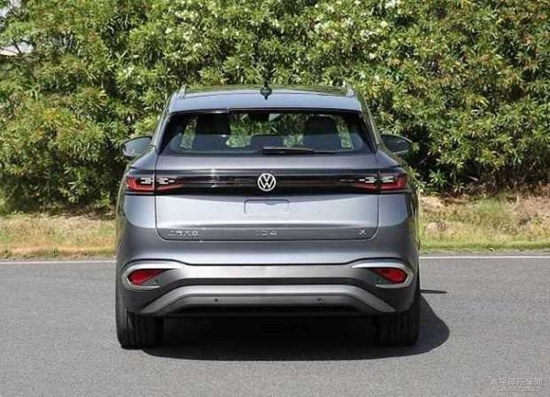VW ID4 X 2