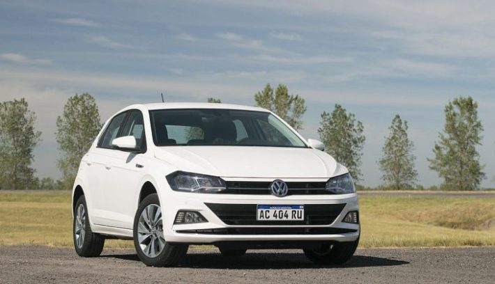 Volkswagen Polo 1.6 AT6 Highline 15 730x425