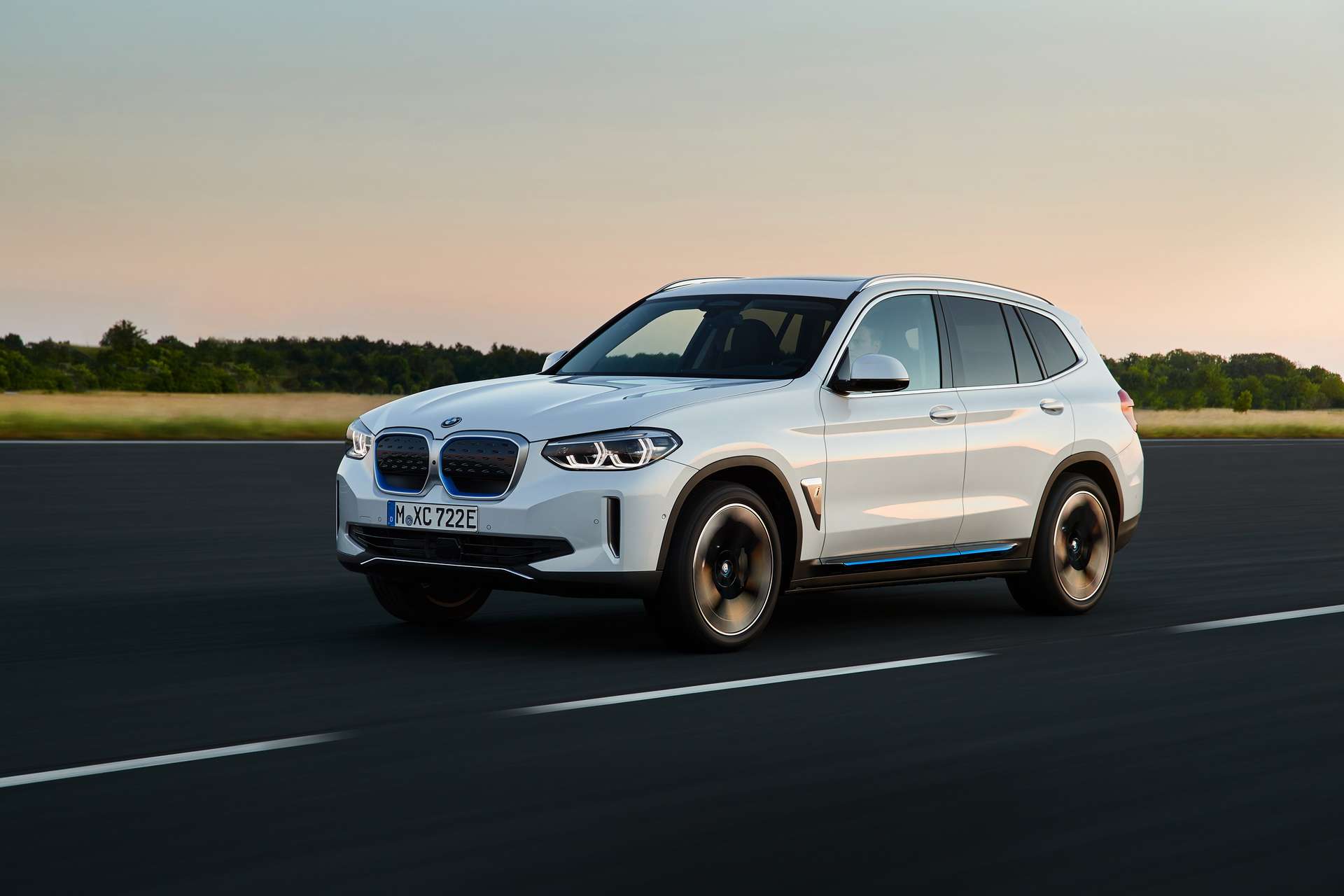 2021 BMW iX3 03