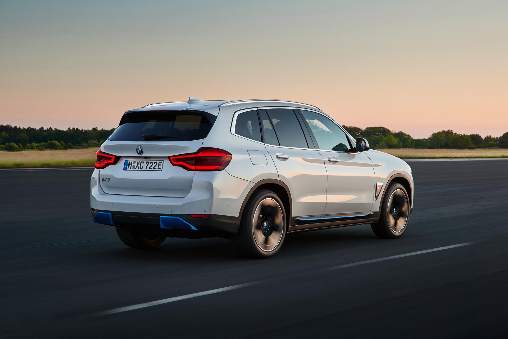 2021 BMW iX3 04
