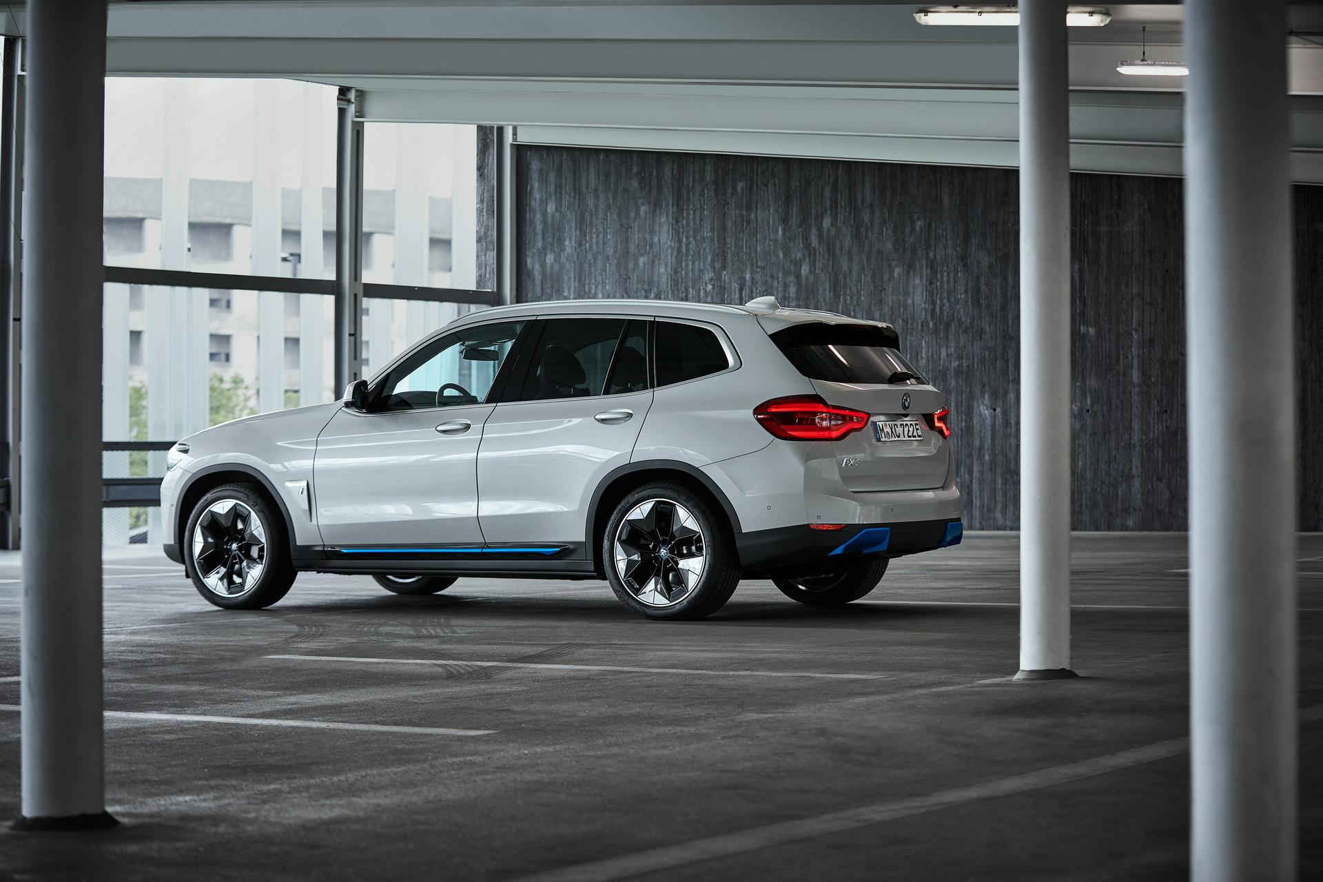 2021 BMW iX3 30