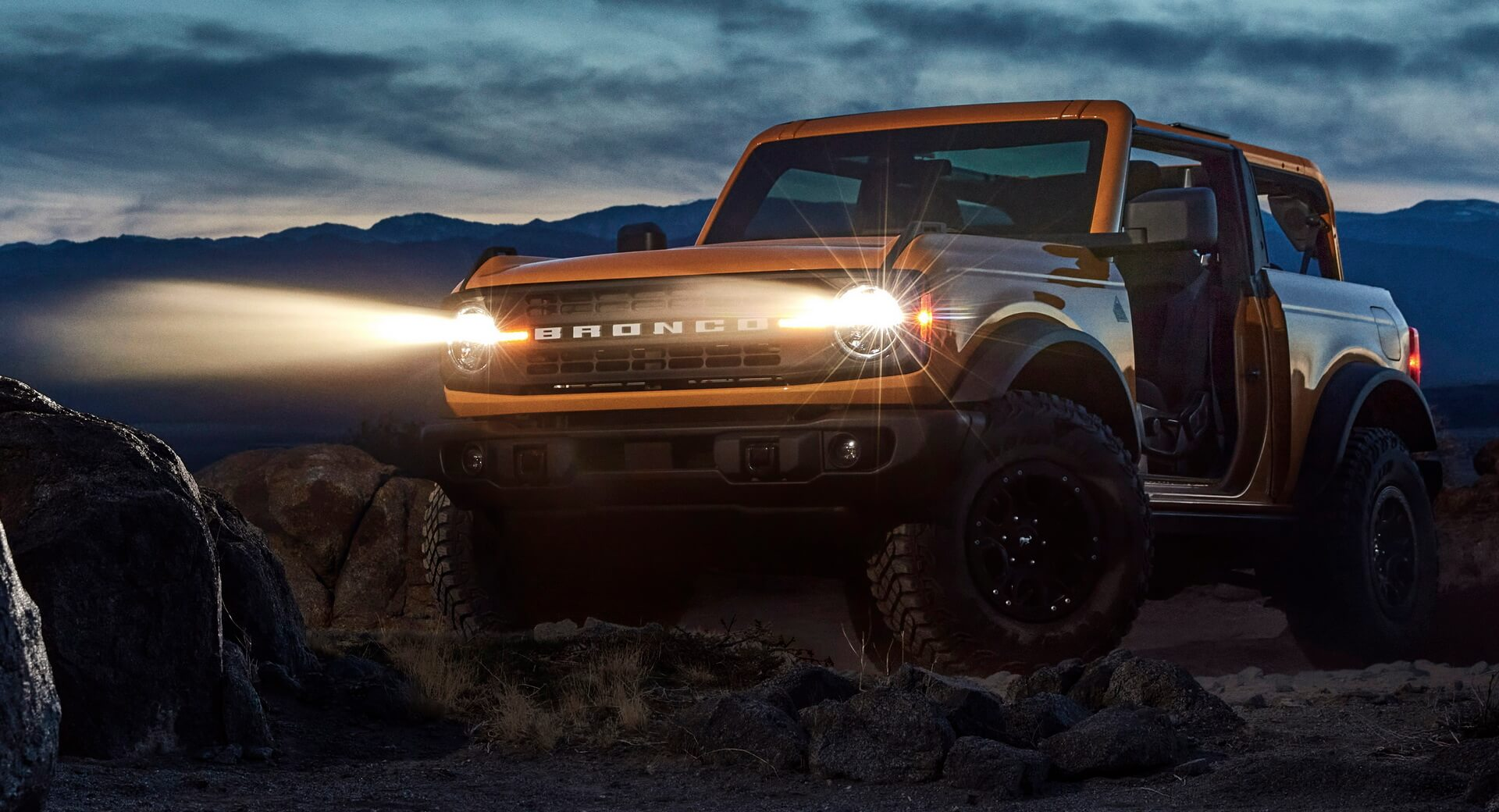 2021 Ford Bronco 04 1