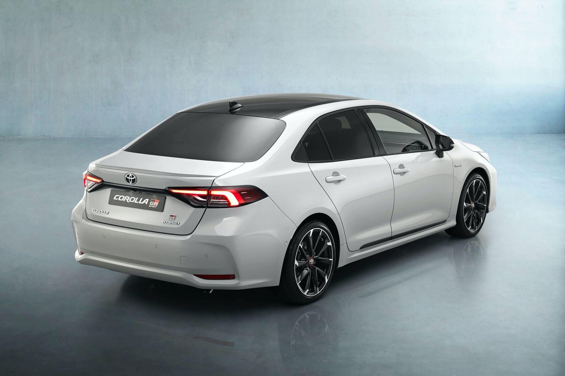 2021 Toyota Corolla Sedan GR Sport European spec 9