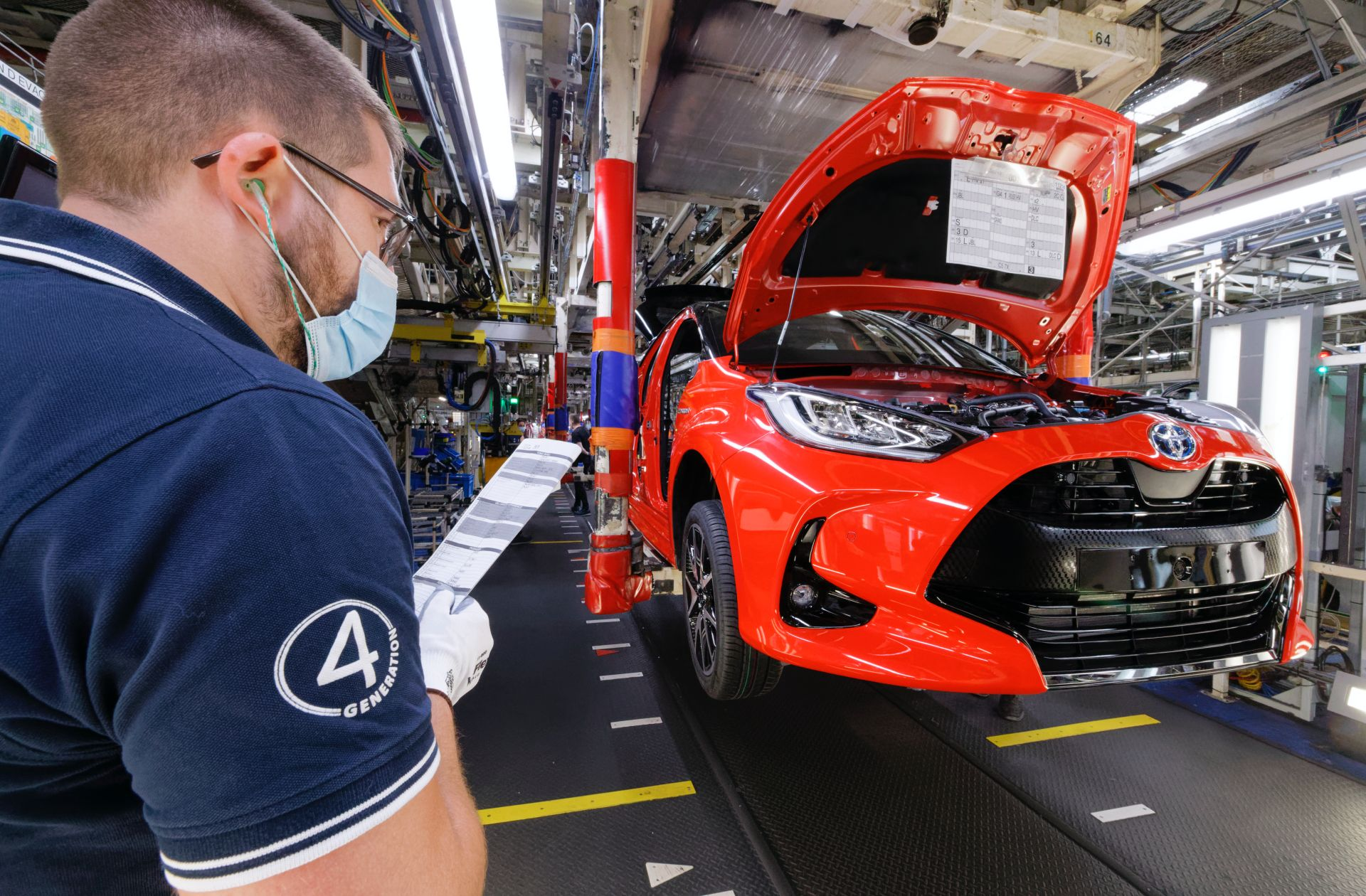 New Toyota Yaris enters production in France 5