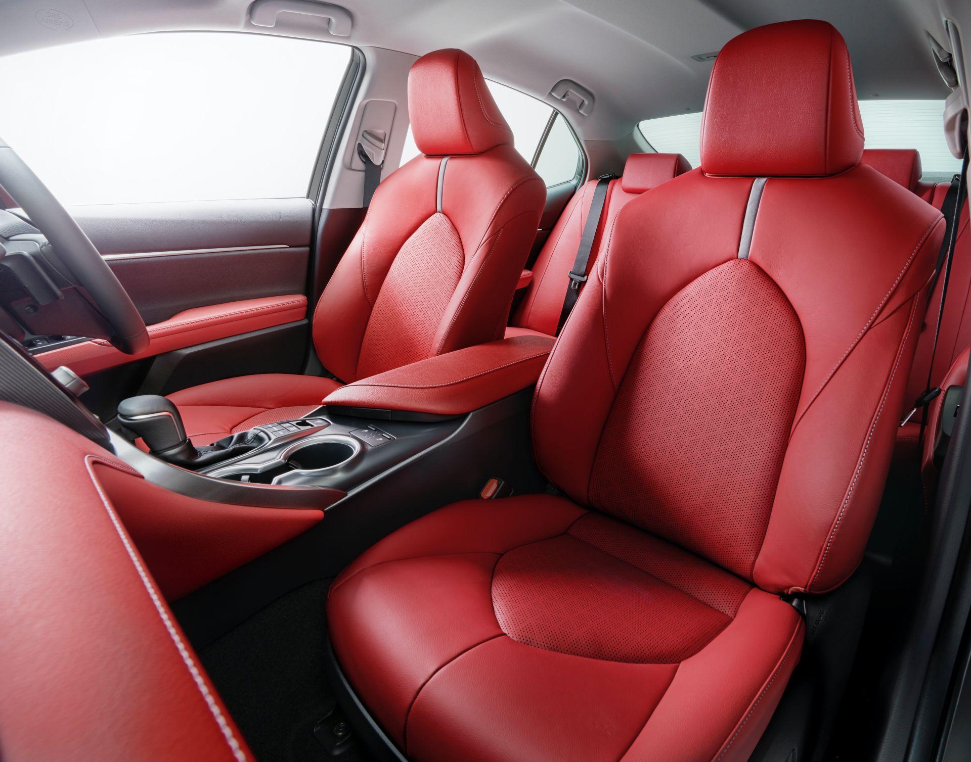2020 Toyota Camry Black Edition JDM spec 9