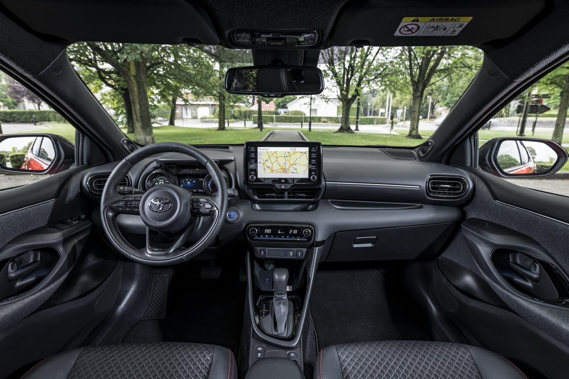 2020 Toyota Yaris 102