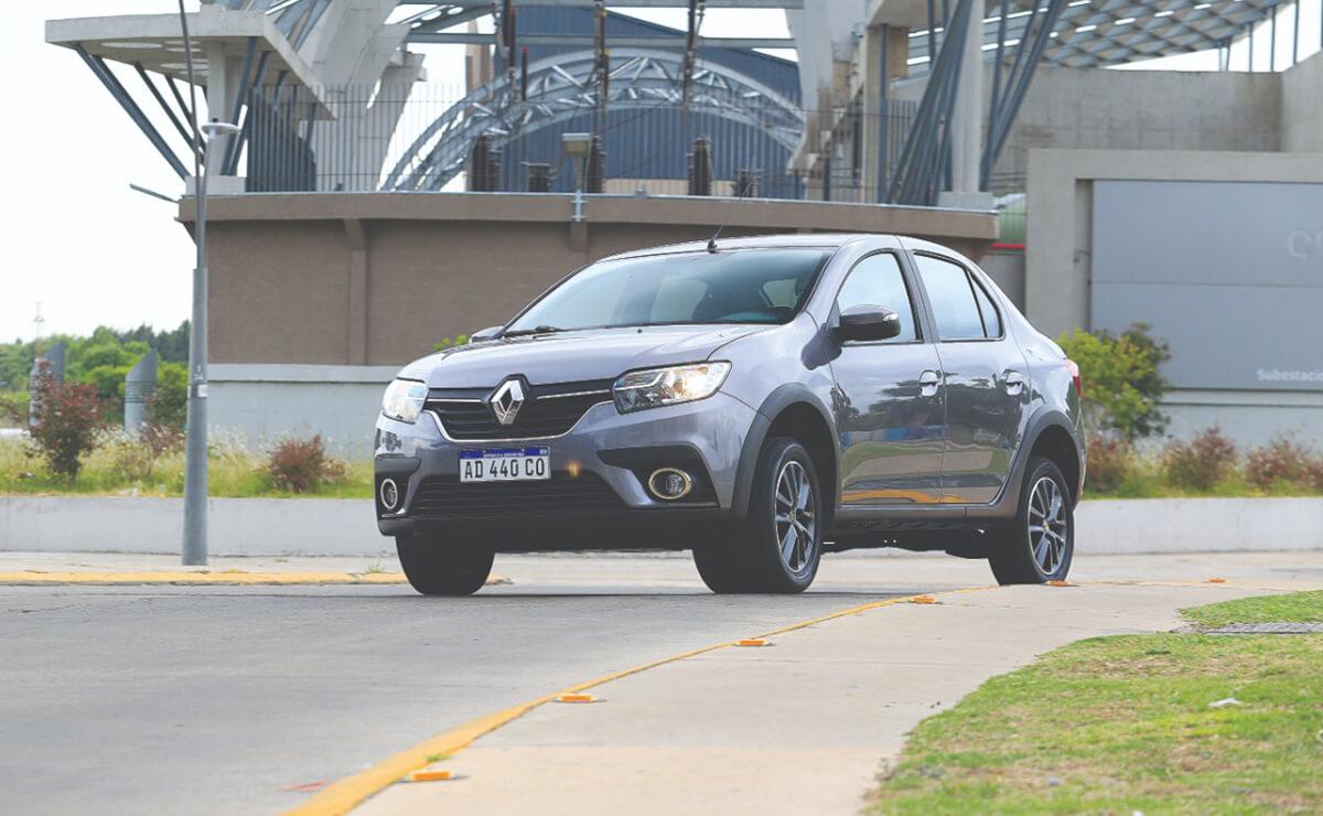 Renault Logan Stepway-1