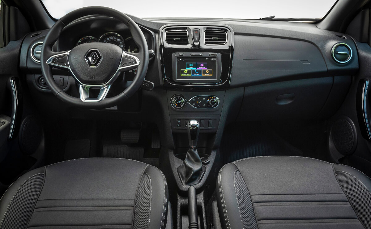 Renault Logan Stepway interior