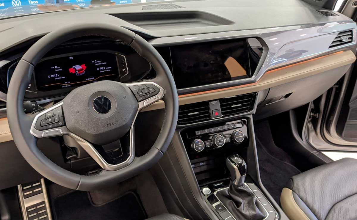 vw-taos-interior