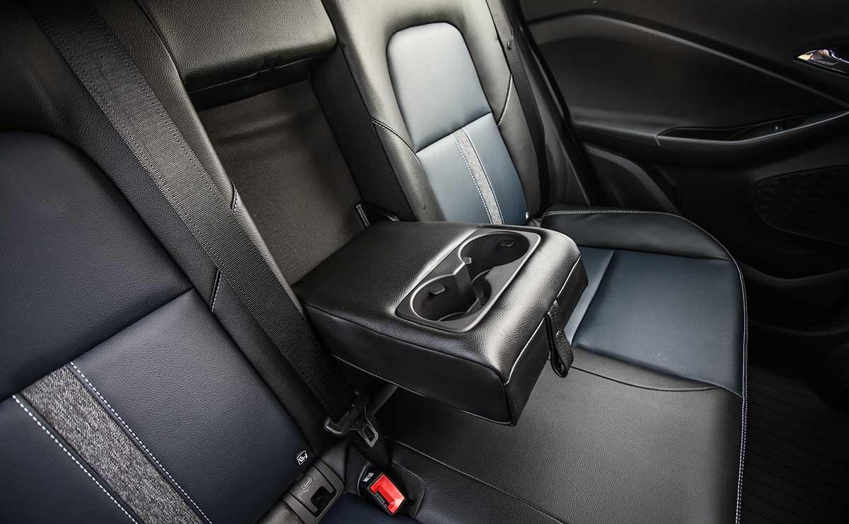 Chevrolet Tracker Premier Turbo AT 16