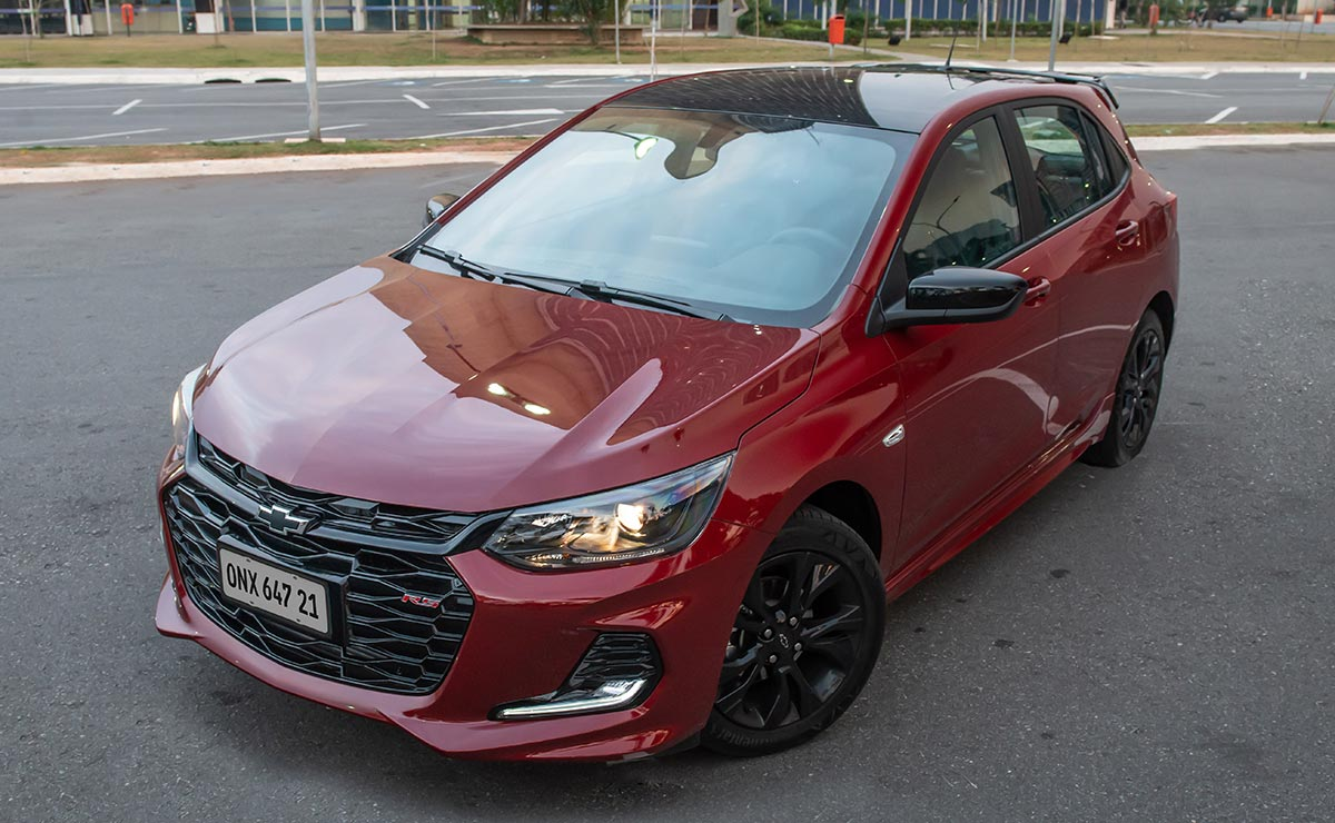 CHEVROLET ONIX RS 7