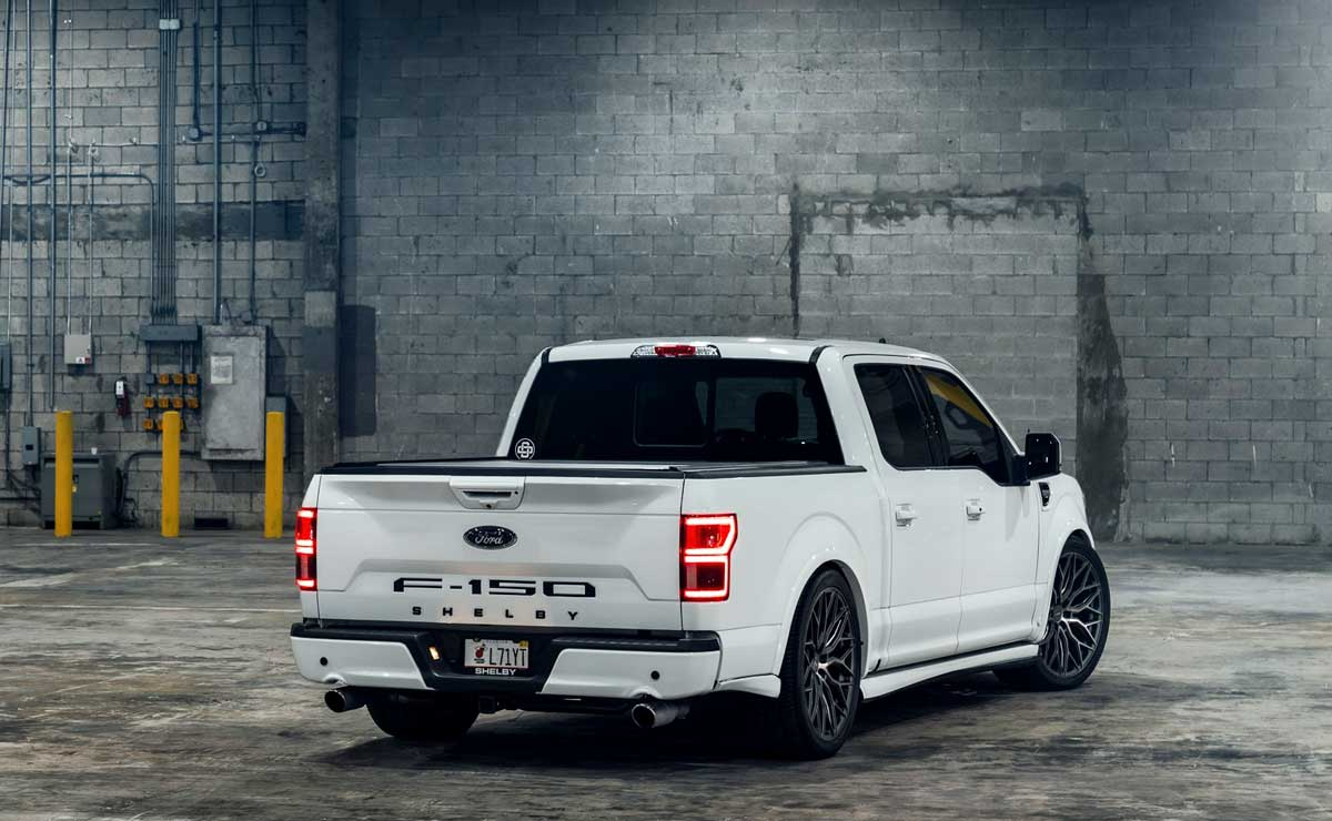 FORD-F-150-SS-4