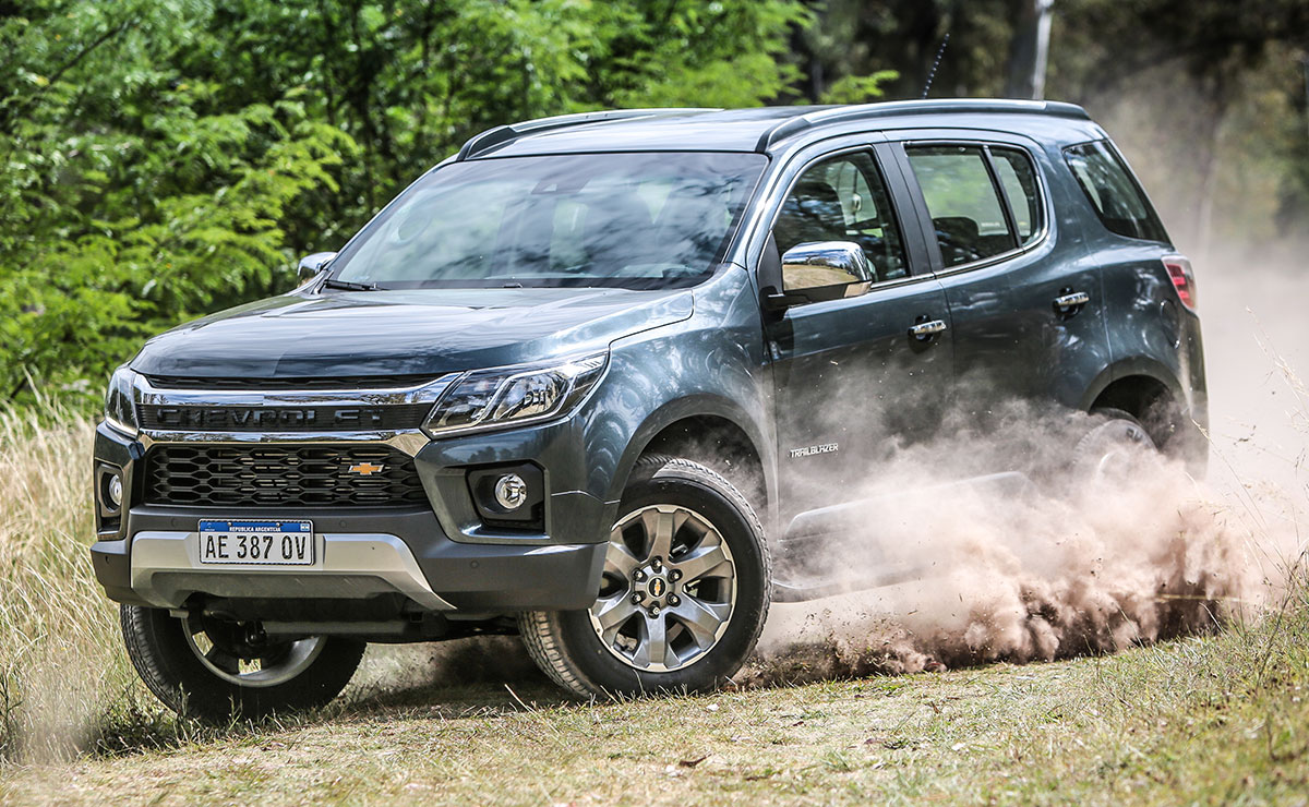 CHEVROLET TRAILBLAZER 7