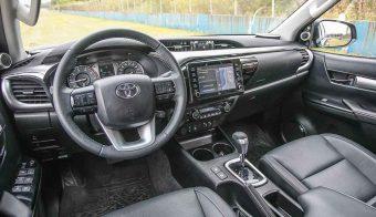 Toyota Hilux 2021 12