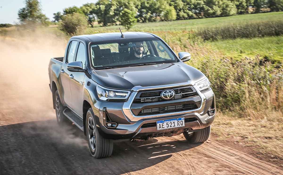 Toyota Hilux 2021 6
