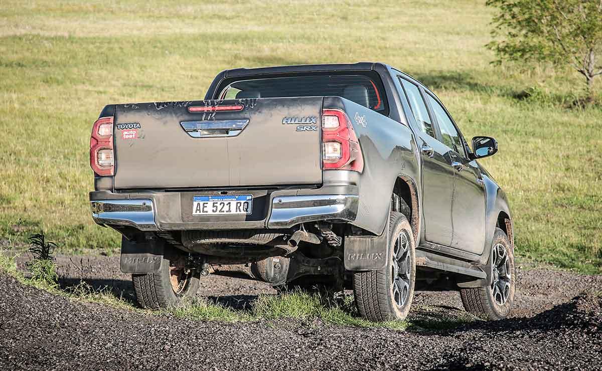 Toyota Hilux 2021 8