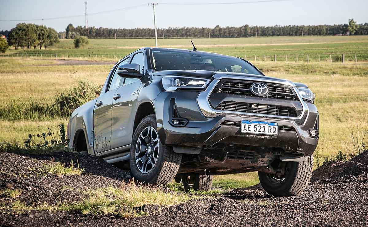 Toyota Hilux 2021 9