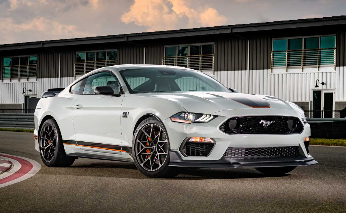 FORD-MUSTANG-MACH--1-8