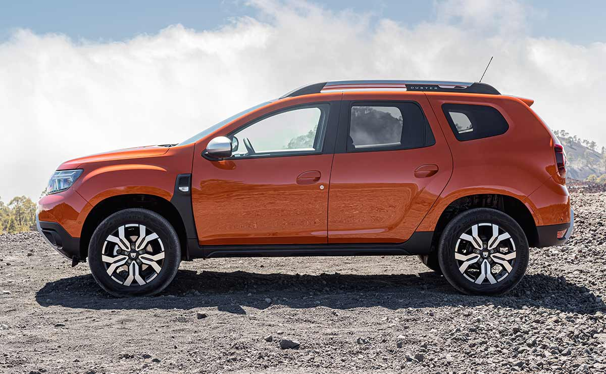 DACIA DUSTER 2021 LATERAL