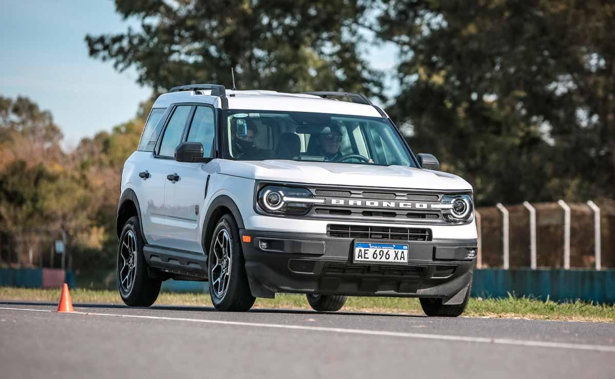 Ford-Bronco-Sport-trompa