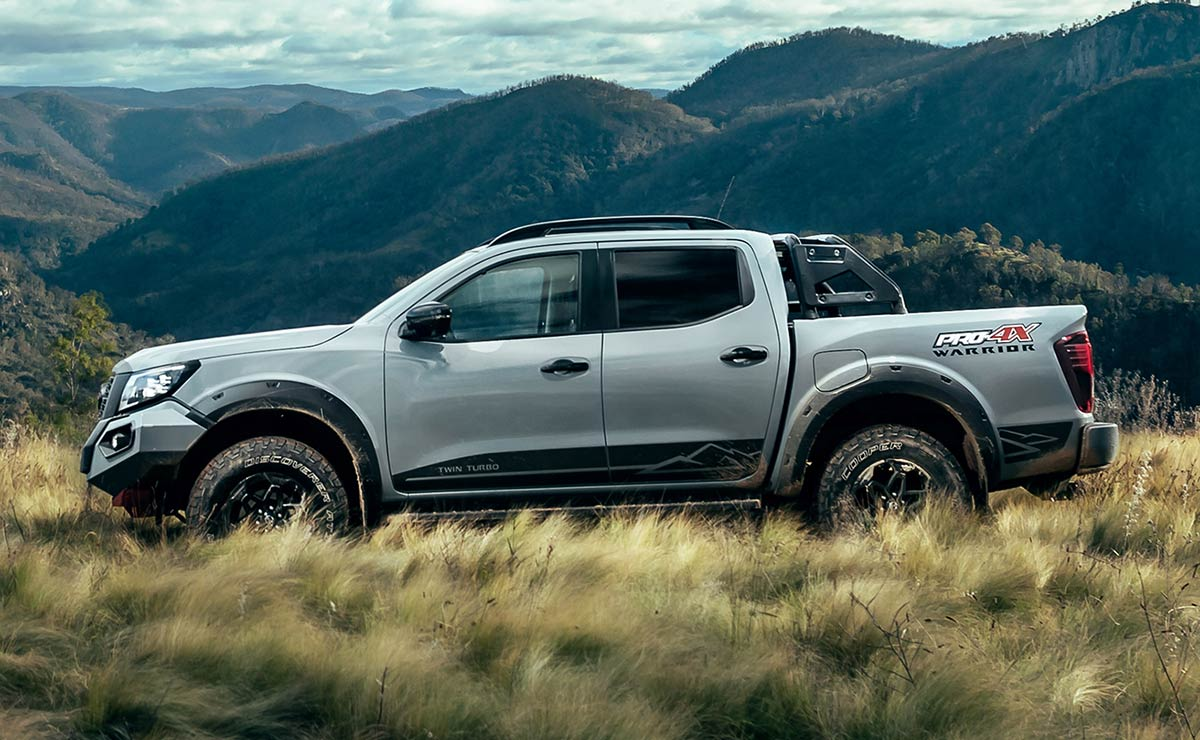 NISSAN FRONTIER PRO 4X WARRIOR LATERAL 1